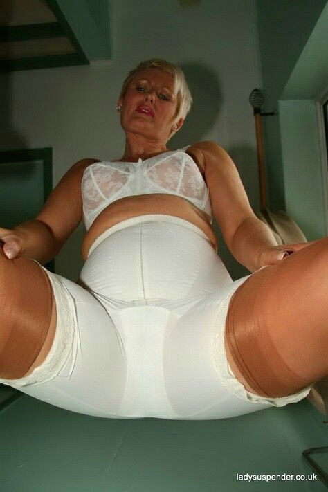 Maximum ass gaping masturbation
