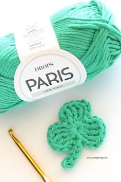 In search of a little bit of luck with this super cute Shamrock crochet pattern. This free pattern is great for garlands, headbands and hair clips.