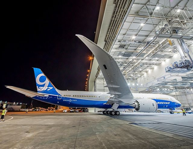First 787-9 Unveiled with New Livery | Flickr: Intercambio de fotos