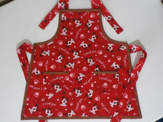 Childrens Valentine Apron With Pockets By MaryMagicalMemories