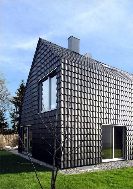 Villa Christa In Puchheim Eingedeckt Mit Braas Topas 12 Anthrazit