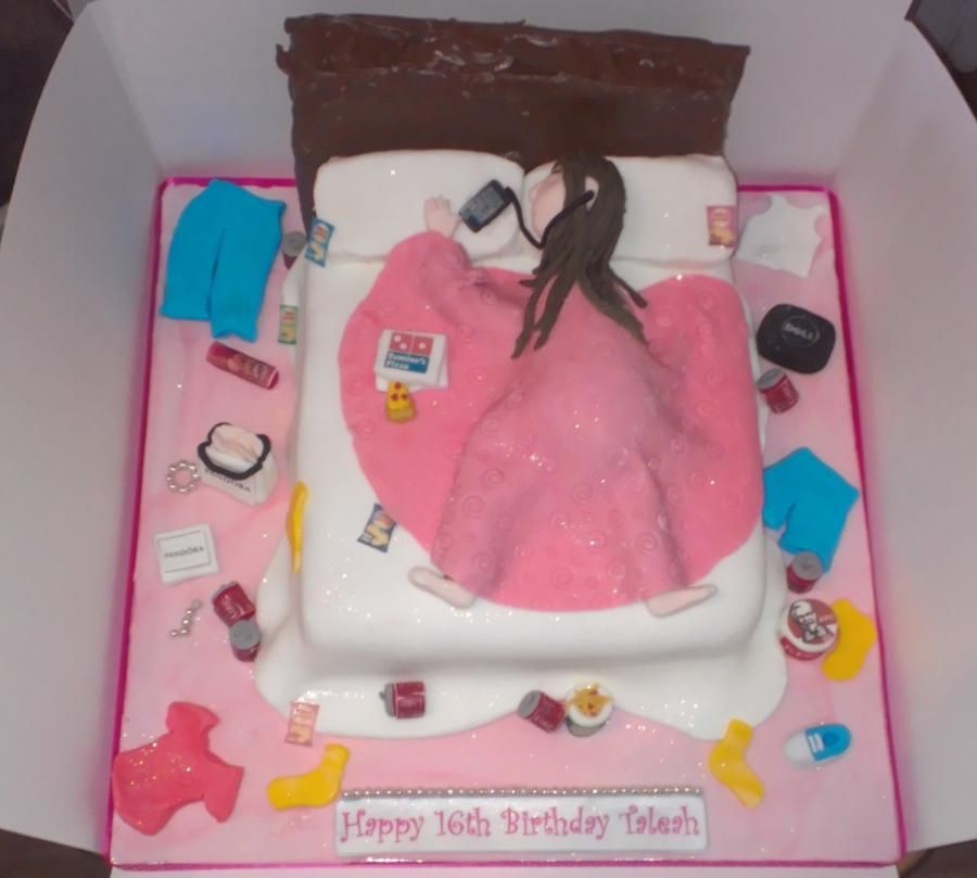 Teenage Girls Messy Bedroom Cake With Images Girl Cakes