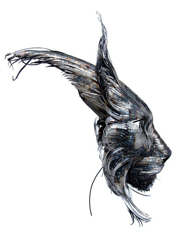 Artist Creates Beautiful Hammered Steel Animal Head Sculptures - BlazePress