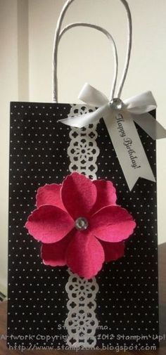 Decorative Paper Bags With Handles