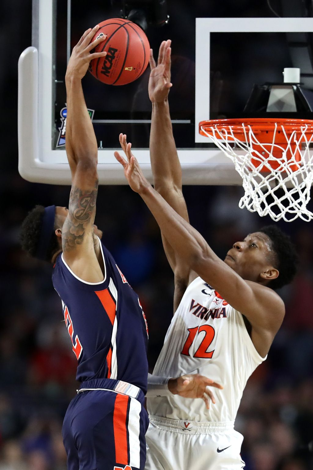 WATCH De'Andre Hunter with the block of the tournament