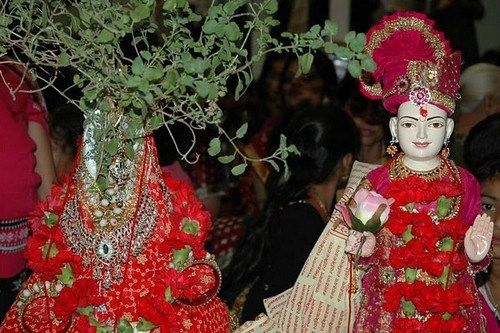 Top 10 Strange Wedding Rites in Various Cultures