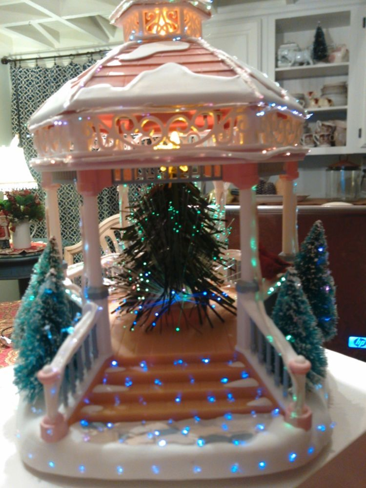 Avon Holiday Treasures Splendor Lighted Fiber Optic GAZEBO House Christmas  EUC - Avon Holiday Treasures Splendor Lighted Fiber Optic GAZEBO House