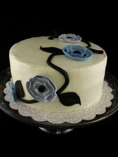 Vine Flower Cake By tristaross on CakeCentral.com