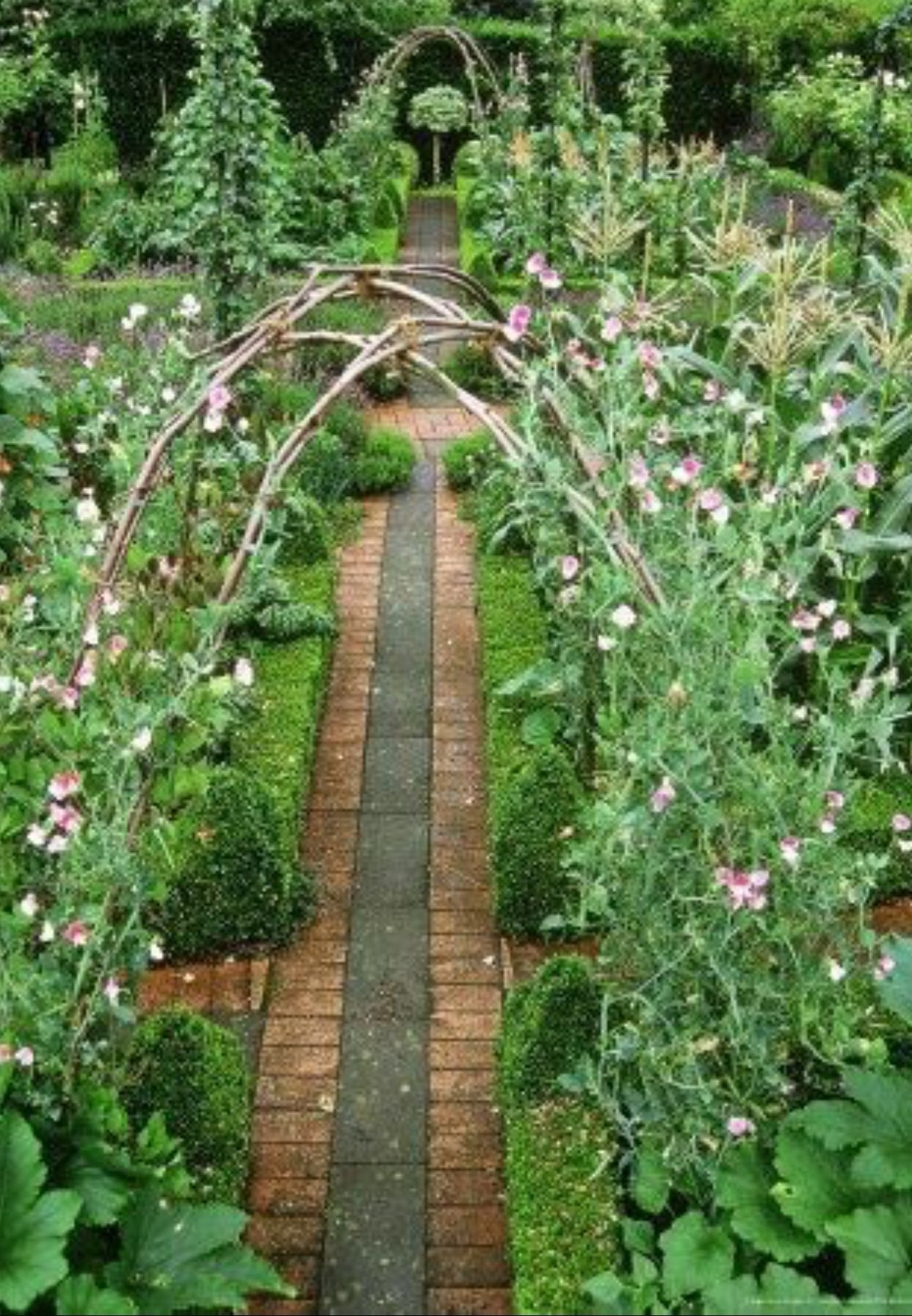 Amazing 45 Modern Backyard Garden Ideas For Little Heaven Your
