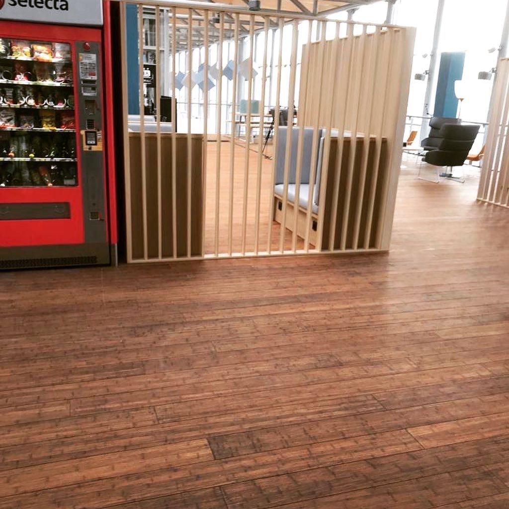 Retour Sur Un Chantier Realise Par Nos Soins A La Gare De Chambery En Parquet Massif Moso Bambooultradensity Mosobam En 2020 Pose Parquet Parquet Massif Terrasse Bois