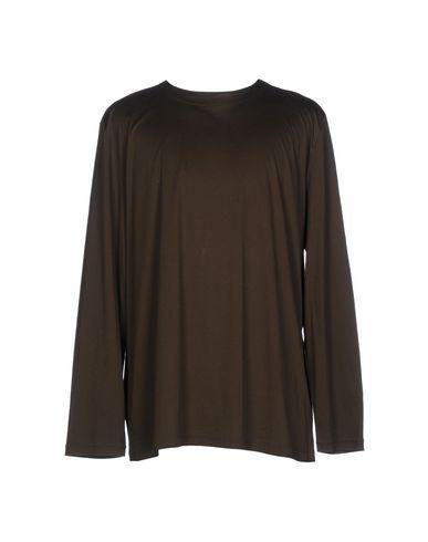 T BY ALEXANDER WANG T-shirt. #tbyalexanderwang #cloth #top #pant #coat #jacket #short #beachwear