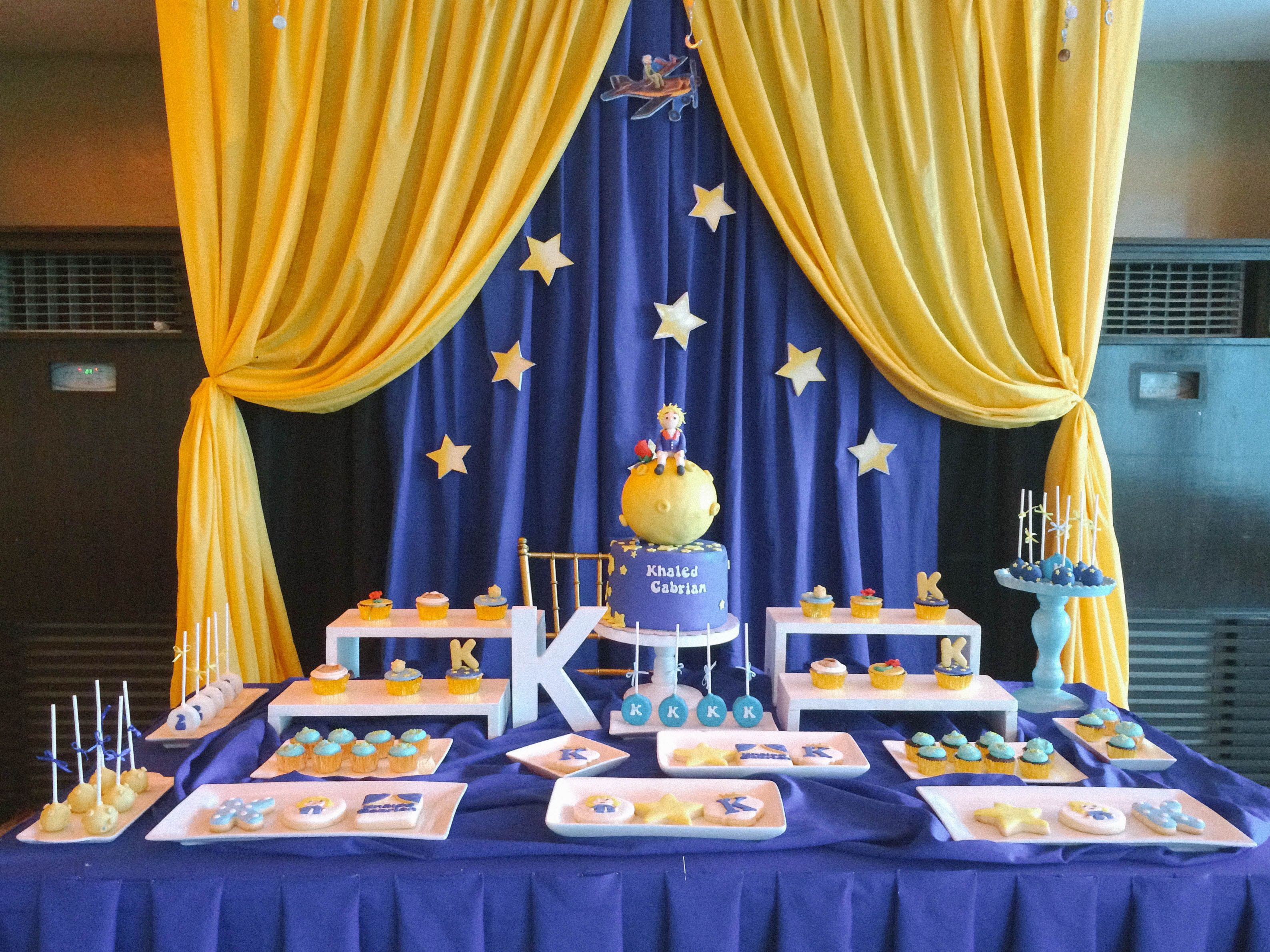 the little prince dessert table dessert table prince. Black Bedroom Furniture Sets. Home Design Ideas