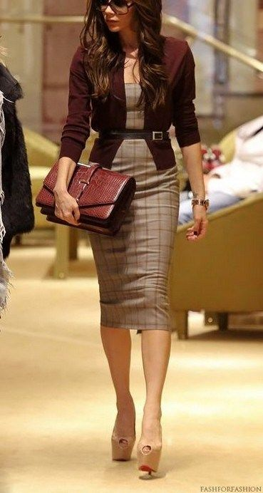 Professional casual office outfit for young women 71 ~ Litledress #businessattireforyoungwomen