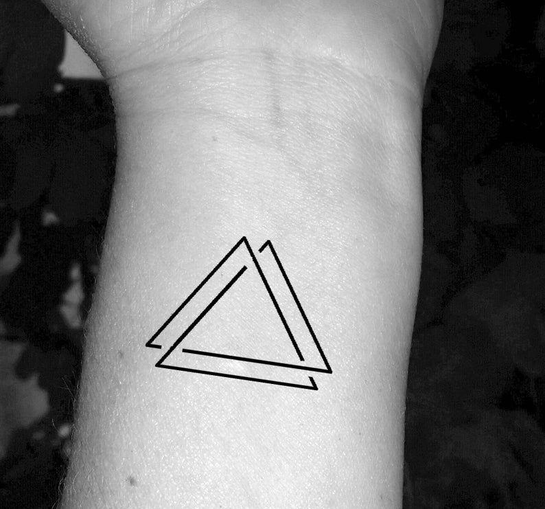 Tatuaje de triángulo triple triángulo tatuaje tres triángulos | Etsy