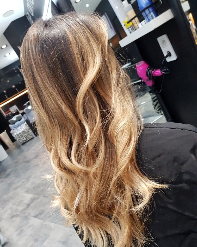 Pin By Corinne Dahan On Coiffure A Visiter Long Hair Styles Hair Styles Coiffure