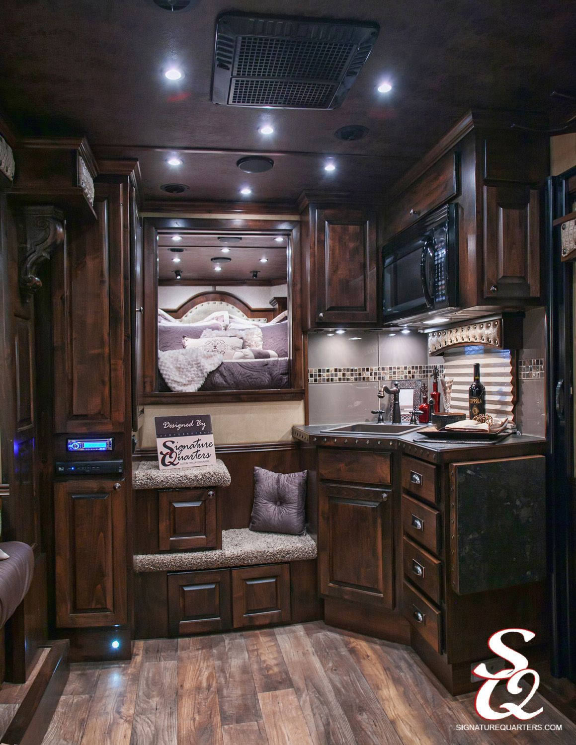 This Living Quarters Layout Utilizes All Space With A Great Home Feeling Horse Trailer Living Quarters Trailer Living Trailer