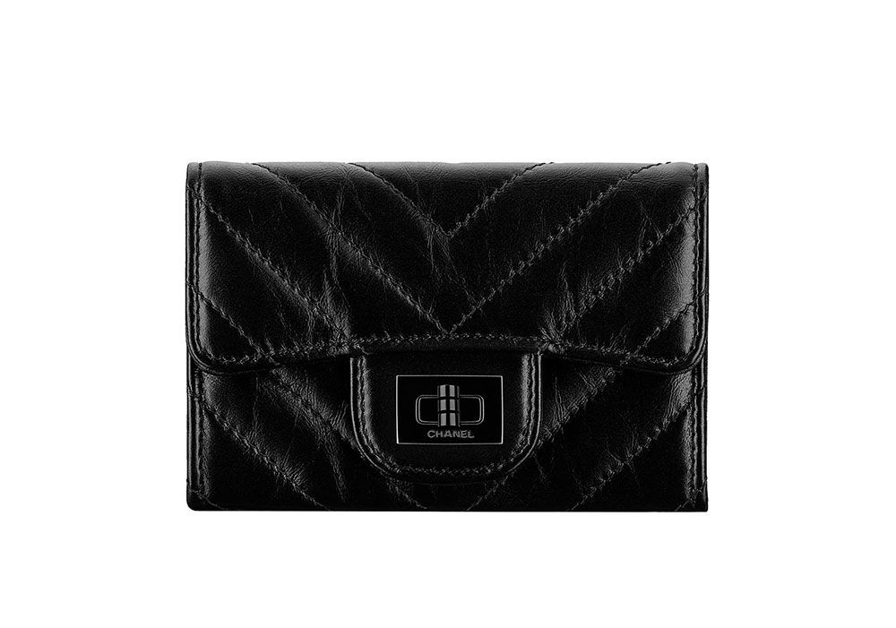 429ccf844434 Chanel s Fall 2017 Wallets