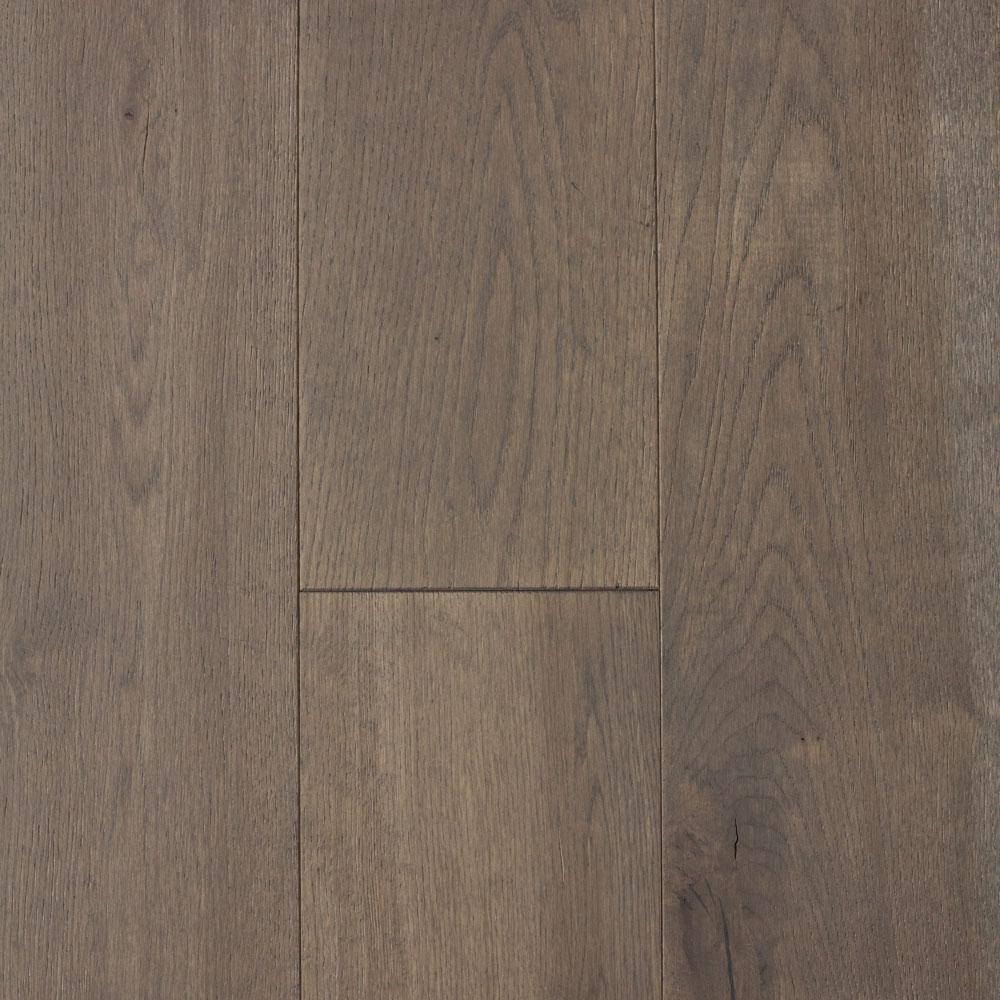 Blue Ridge Hardwood Flooring Castlebury Scarborough Grey Eurosawn Oak 3 4 In T X 5 In W X Random Length Solid Hardwood Flooring 20 Sq Ft Case 22106 Hardwood Floors Engineered Hardwood Flooring Oak Engineered Hardwood