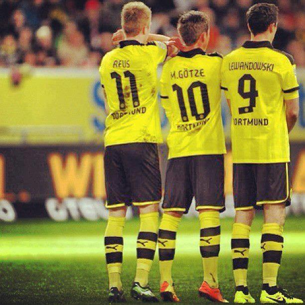Borussia Dortmund Reus Gotze And Lewandowski World Football Football Sport Soccer