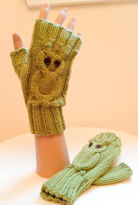 KNITTING PATTERN: Owl Fingerless Gloves (0046) (TLM) - Knitted on ...