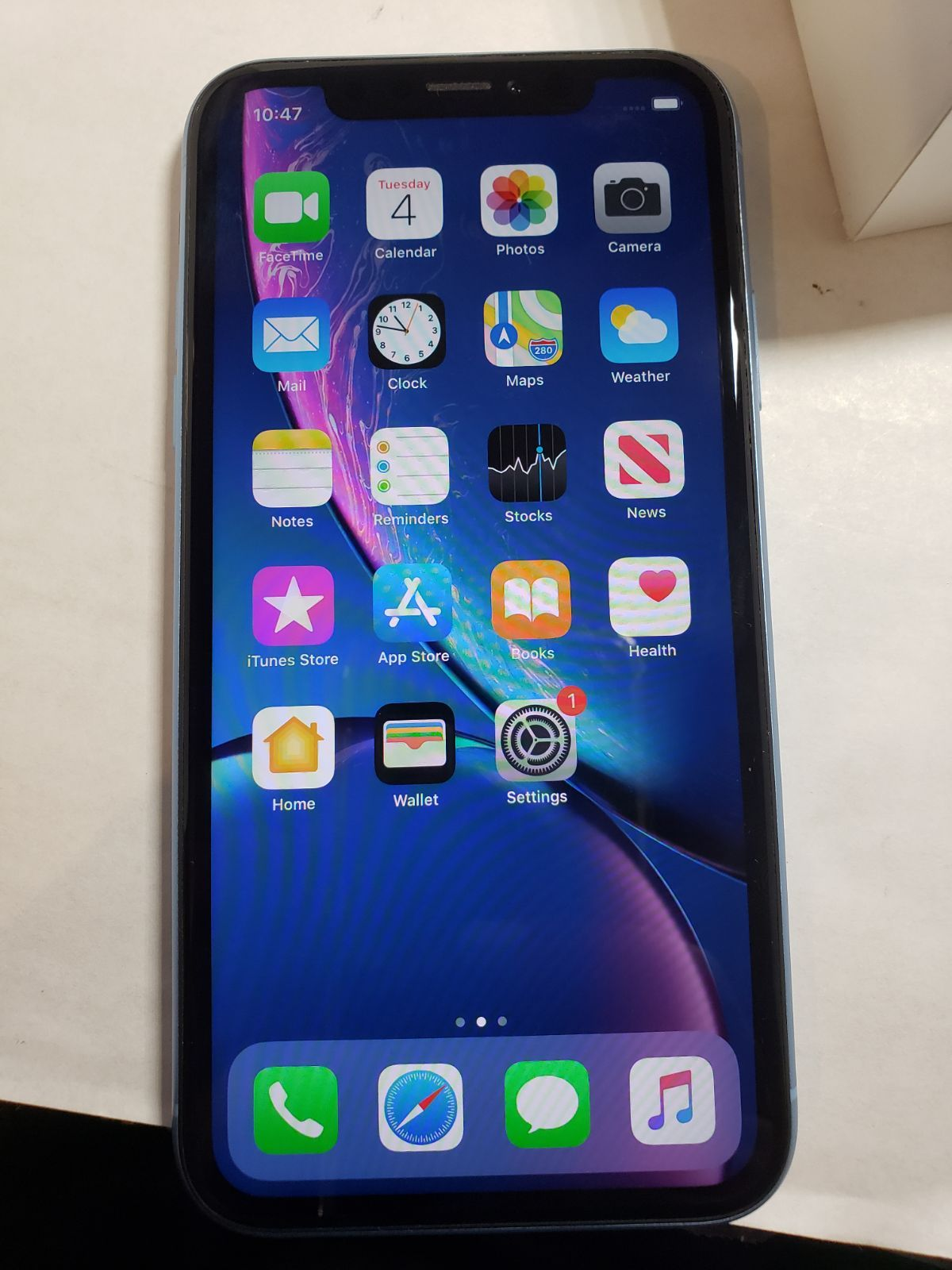 Iphone Xr 64gb At T Financed So Will Only Work For At T Or Cricket Wireless Service Has Been Tested And Guarantee Cricket Wireless Iphone Wireless Service