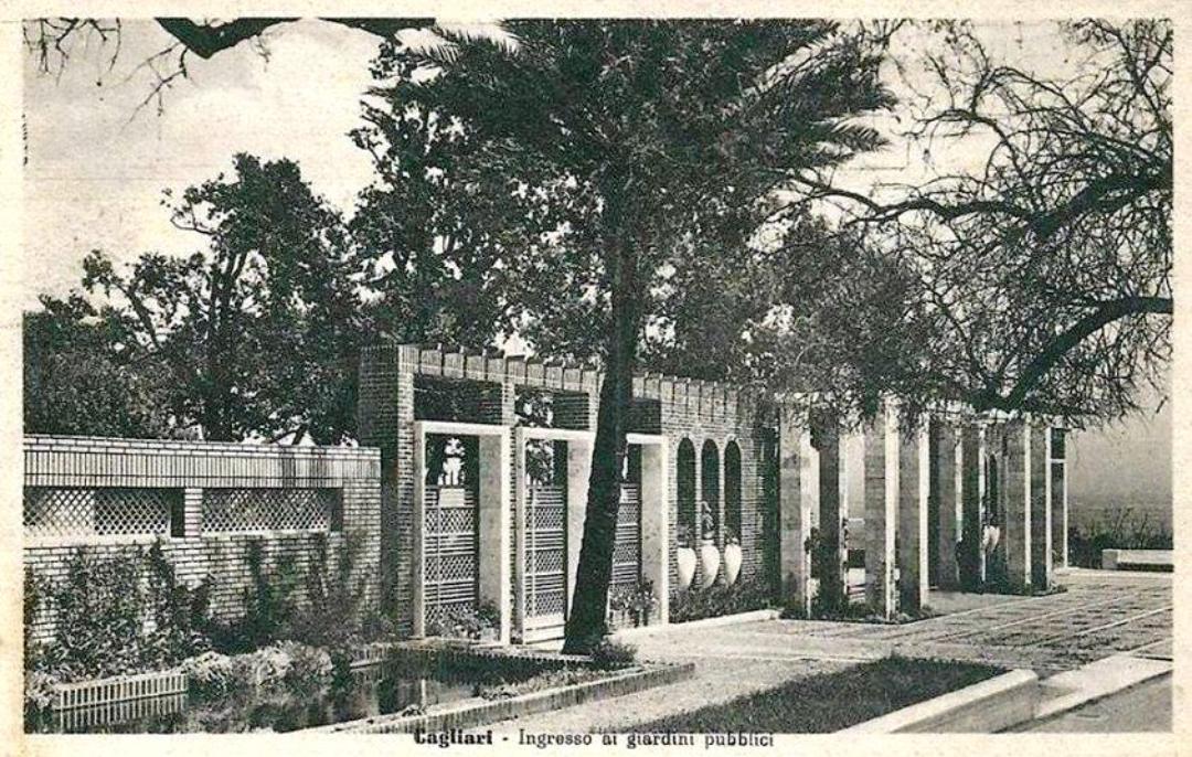 Cagliari Ingresso ai giardini pubblici Vecchie foto