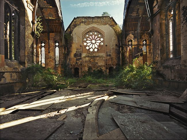Rebecca Bathory is a photographer from London who specializes in 'urban exploration': capturing beauty in abandoned places.