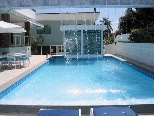 Piscina de azulejo revestida com vinil piscina for Piscina de vinil e boa