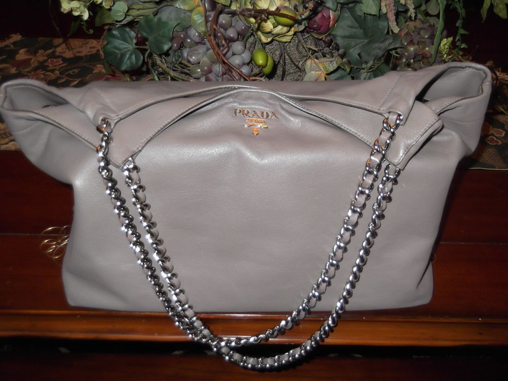 98ce31fcbc Authentic PRADA Chain Shoulder Tote Bag Gray/Taupe Leather SOFT CALF Italy  GREAT #women #leatherhandbag #bag #prada #shoulderbag