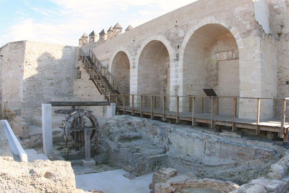 Foto sobre Arquitectura romana antigua en Alcázar de Jerez de macmuseo - Jerez de la Frontera - 4011201