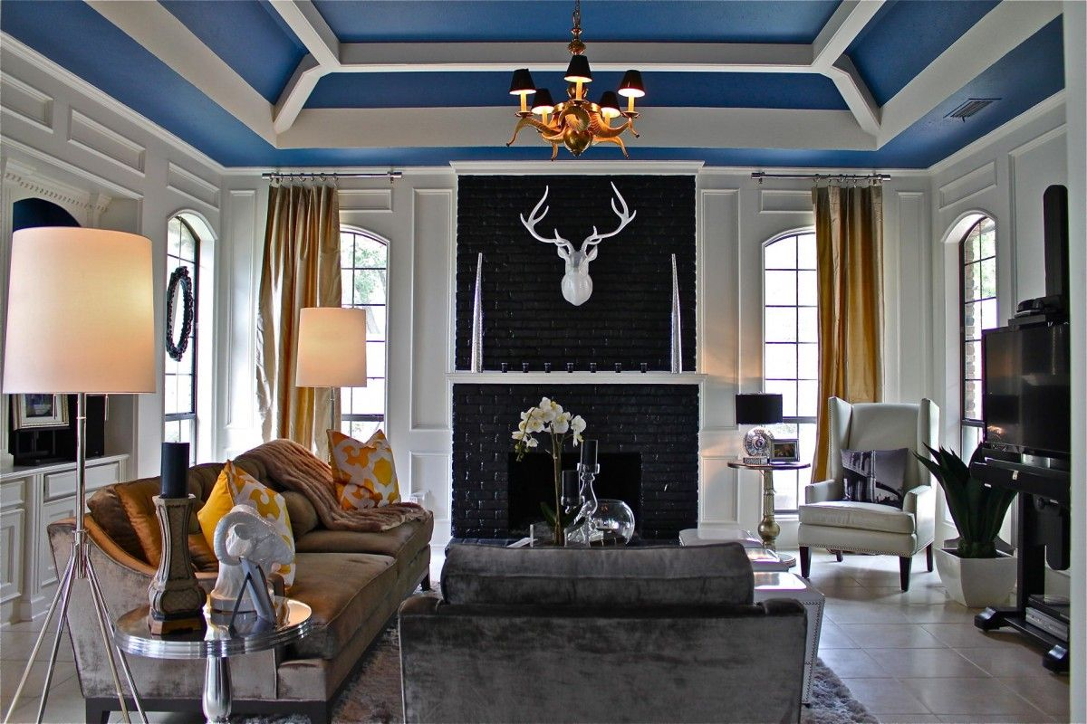 Lamps White Antler Chandelier Wood Ceiling Painted With Brown