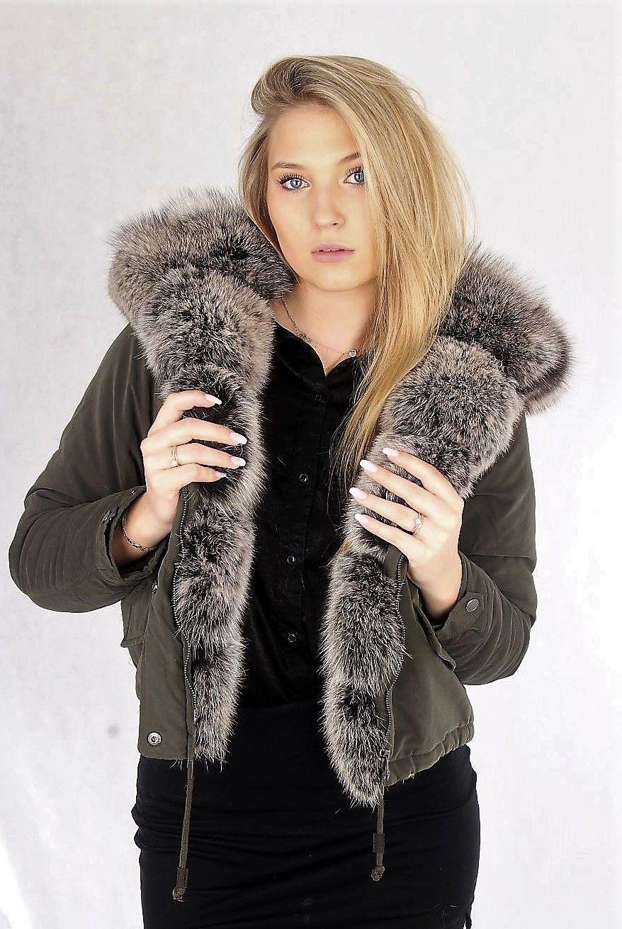 Jestesmy Marka Stworzona Z Milosci Do Stylu I Klasy Dodajemy Pewnosci Kobietom Ktore Wierza Ze Wlasny Sukces Smakuje Doskonale U Fur Parka Fur Coat Fashion
