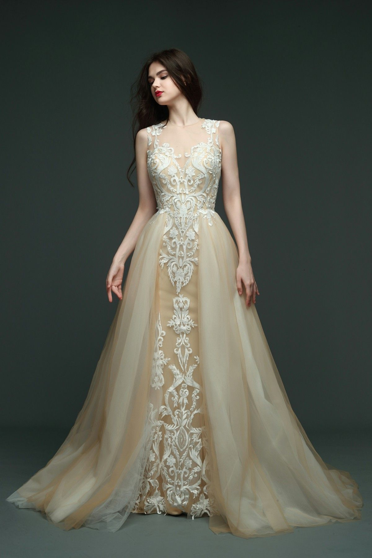Vivienne atelier offers the affordable custom made Wedding and ...