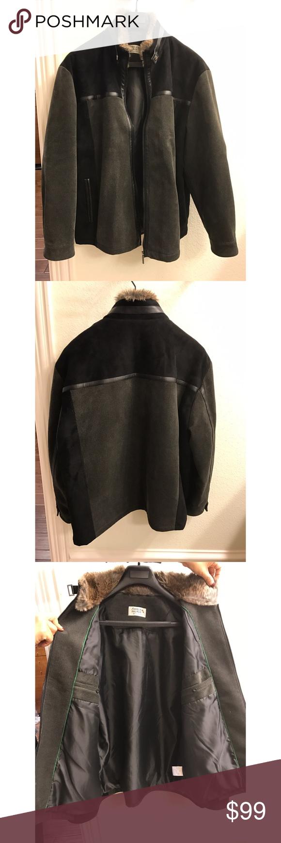 Barely worn coat, from Korea Warm coat, great lining and fur Jackets & Coats