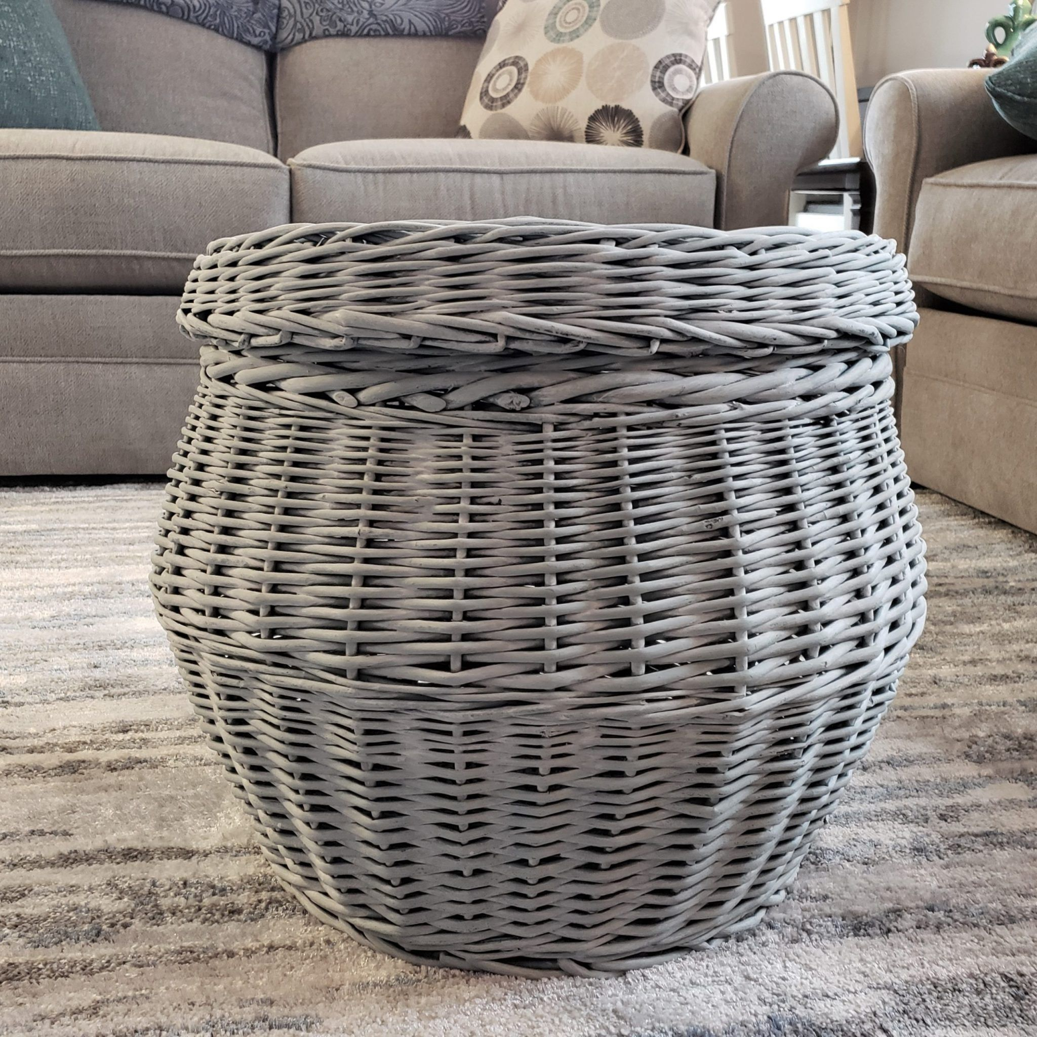 Diy Wicker Storage Table With Tabletop Tray In 2020 Wicker Coffee Table Diy Coffee Table Wicker Baskets Storage
