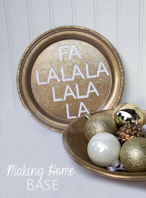 Christmas Decor Sign -holiday DIY using Mod Podge - click thru for the full tutorial! #modpodge #modpodgeholiday #gold
