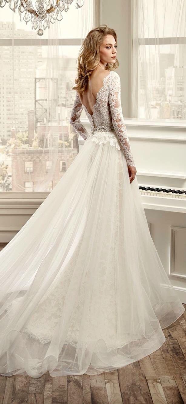 Detachable skirt wedding dress  Pin by Alli Adams on wedding  Pinterest  Wedding
