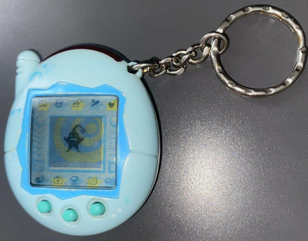 Tamagotchi Connection Blue Bubbles Dot Bandai WIZ Digital Pet Game 2004 Pink