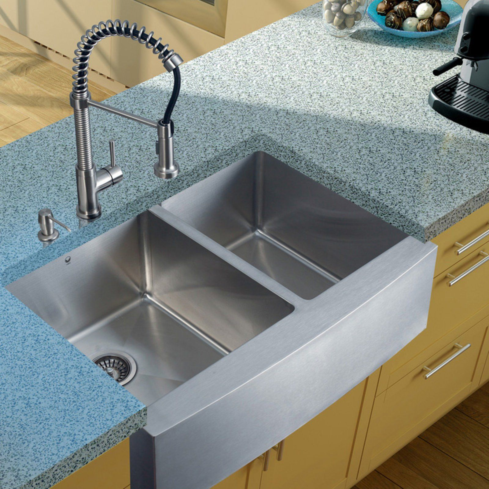 Vigo Vg15100 Double Basin Farmhouse Kitchen Sink And Faucet Set