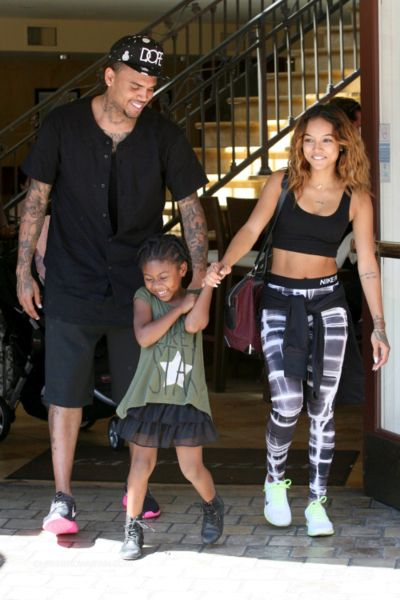 Pin By Jaleesa On Chris Brown Chris Brown And Karrueche Cool Outfits Family Outfits