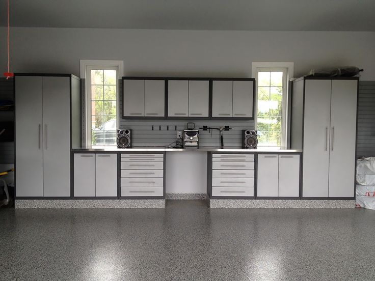 Gl Premium Cabinetry In Silver And Granite Was Installed The Flooring A Cus