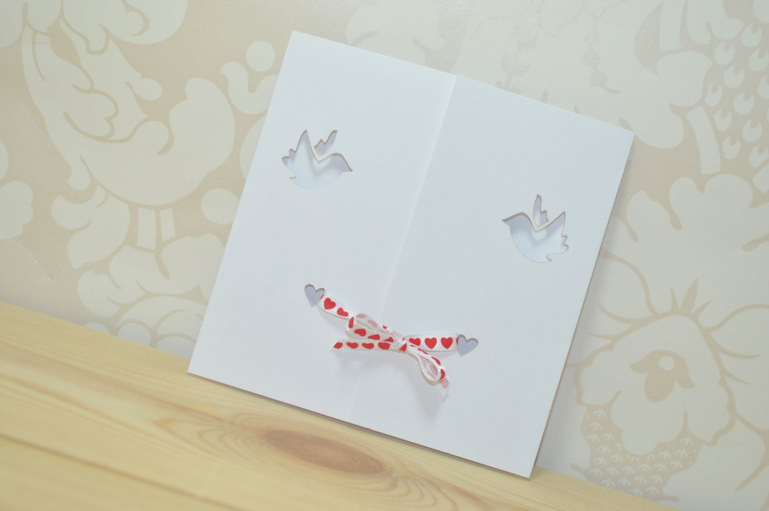 Dove Gatefold Laser Cut Wedding Invitation Tied With Ribbon Pack Of 25: Pea Wedding Invitations Cut Out At Websimilar.org