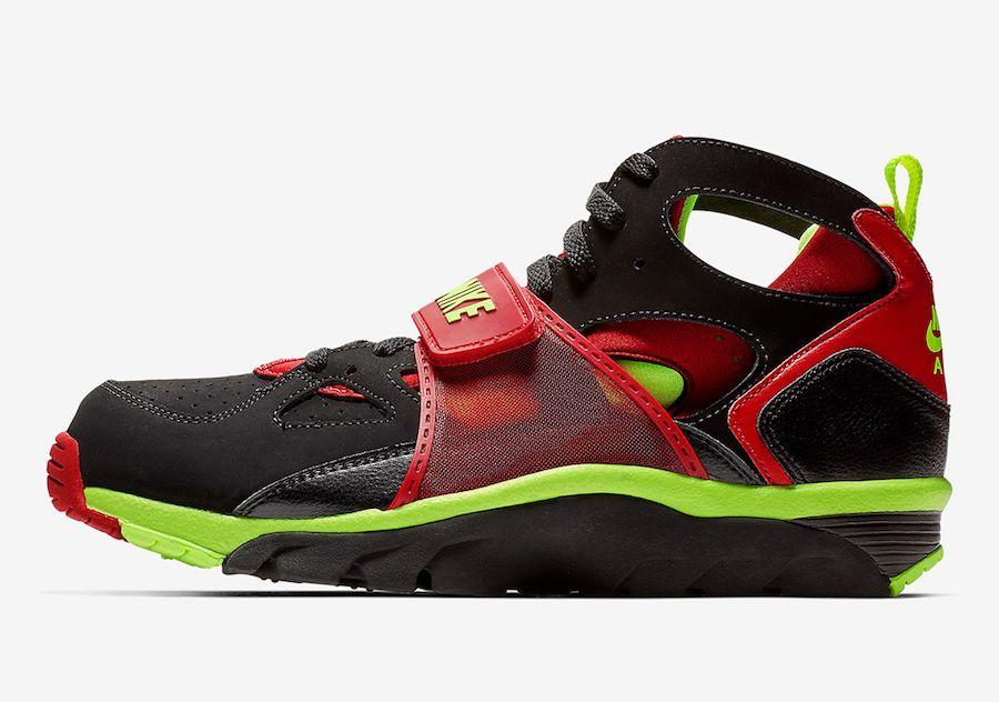 new arrival 2fa47 7200a Nike Air Trainer Huarache Black Volt Red 679083-020