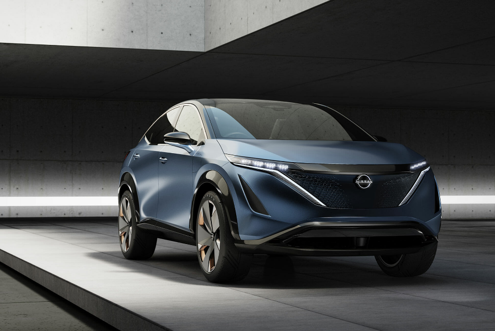Nissan S Perfect Electric Crossover Will Also Be Sporty Gear Patrol In 2020 Nissan Electric Nissan Tokyo Motor Show
