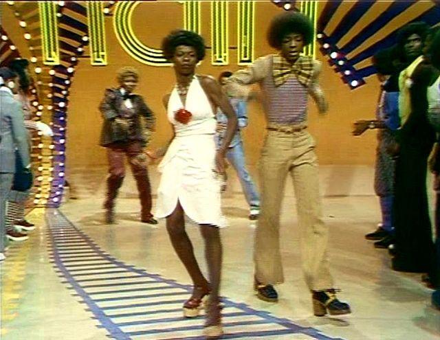 Soul Train Line Soul Train Dancers Soul Train Soul Train Party