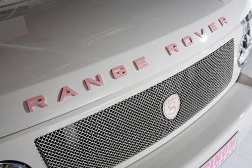 pink range rover -