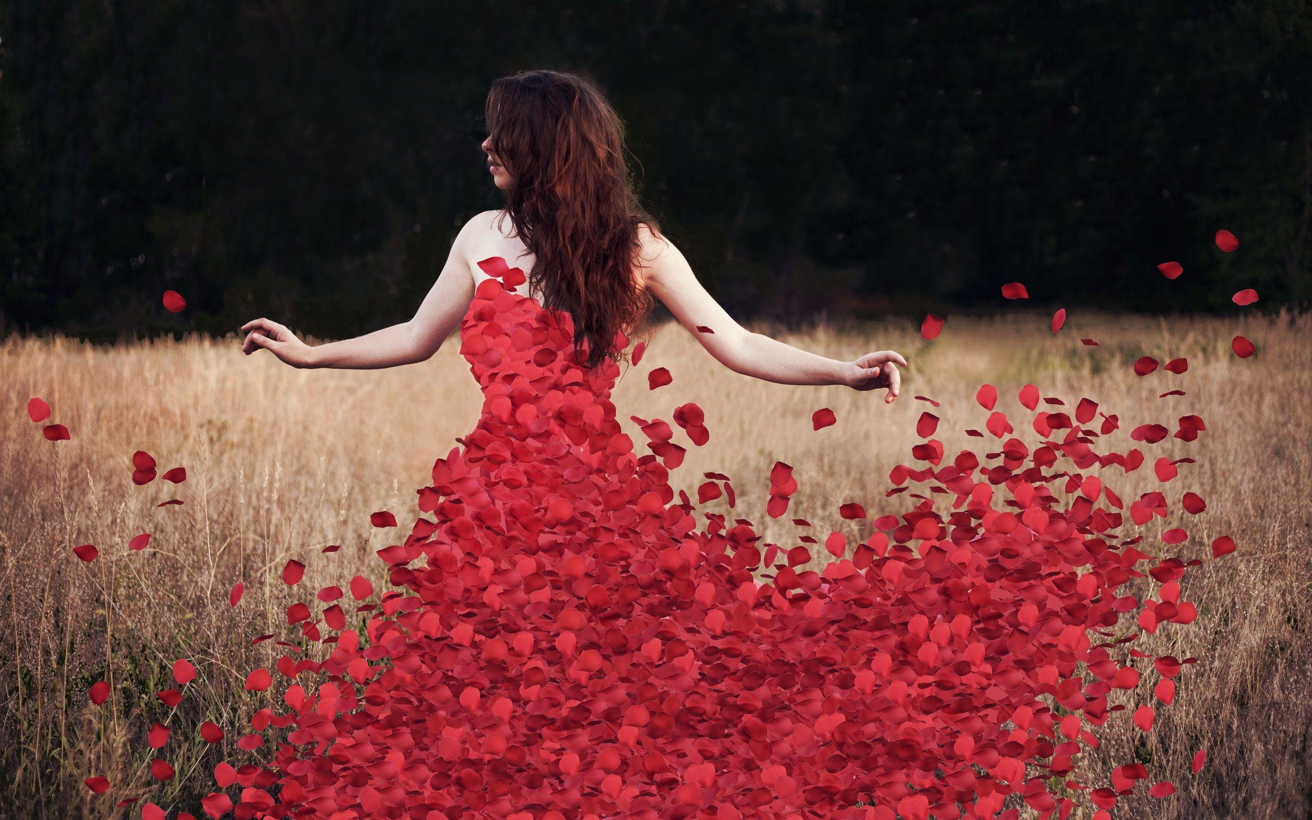 Pin By Amora On Only Girls Rose Petal Dress Flower Petal Dress Woman Silhouette