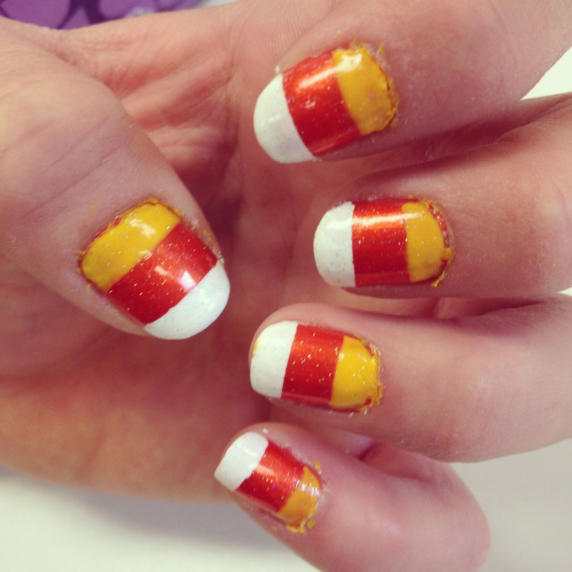 Fantastisch Halloween Nägel Süßigkeiten Mais Ideen - Nagellack-Ideen ...