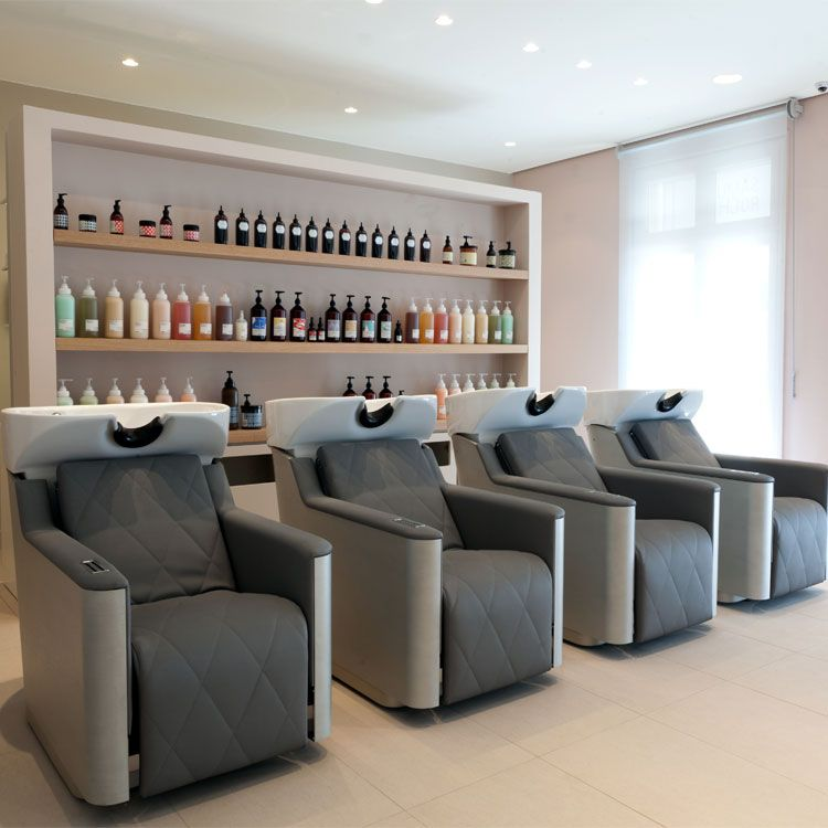 Salon samuel rocher parigi francia produzione for Arredamento parrucchieri ikea