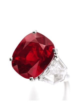 Sotheby S Sets New Jewelry Auction Record With 160 9m Geneva Sale Jewelry Gemstones Ruby Jewelry